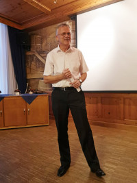 Hans Schreiner in Action